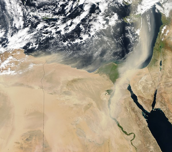 Sandsturm über die Sahara