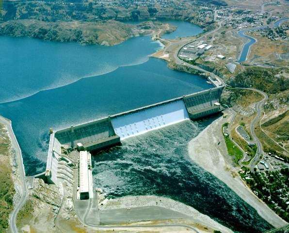 Energiegewinnung durch Wasserkraft Wasserkraftwerk Grand Coulee Dam, USA